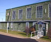 West elevational detail of the Commonwealth Air Training Plan Hangar, Brandon area, 2005; Historic Resources Branch, Manitoba Culture, Heritage and Tourism 2005