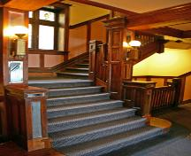 Main staircase of the Congress Apartments, Winnipeg, 2006; Historic Resources Branch, Manitoba Culture, Heritage, Tourism and Sport, 2006