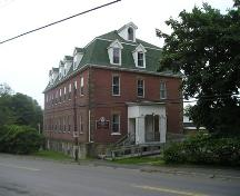 Front and north elevations, Stella Maris Convent, Pictou, Nova Scotia, 2005.; Heritage Division, NS Dept. of Tourism, Culture and Heritage, 2005