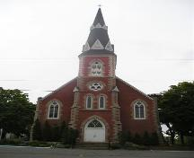 Front elevation, Stella Maris Church, Pictou, Nova Scotia, 2005.; Heritage Division, NS Dept. of Tourism, Culture and Heritage, 2005