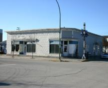 Primary elevations, viewed from the northeast, of the H.P. Tergesen and Sons Store, Gimli, 2005; Historic Resources Branch, Manitoba Culture, Heritage, Tourism and Sport, 2005