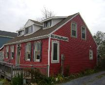 This photograph shows the side view of the Doon Residence, 2008; Town of St. Andrews