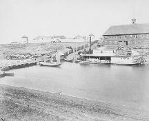 View of Fort Garry, showing its appearance and setting circa 1872.; Library and Archives Canada / Bibliothèque et Archives Canada, PA-011337, c. 1872.
