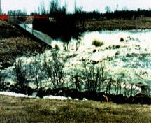 General view of the Outlet Control Structure, part of the Red River Floodway, 1997.; Parks Canada Agency / Agence Parcs Canada, Richard Stuart, 1997.