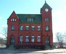 Old Post Office, Parrsboro, NS, front elevation, 2007.; Heritage Division, NS Dept. of Tourism, Culture and Heritage, 2007.