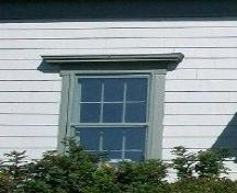 Parker / Hawboldt House, Belleisle, N.S., six-over-six window with flat hood detail, 2009.; Heritage Division, NS Dept. of Tourism, Culture and Heritage, 2009