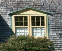 The Solomon Bowlby House, Upper Clements, NS, double window detail, 2009.; Heritage Division, NS Dept. of Tourism, Culture and Heritage, 2009