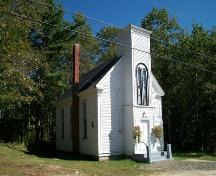 Milford United Baptist Church, Milford, NS, southeast elevation, 2009.; Heritage Division, NS Dept. of Tourism, Culture and Heritage, 2009