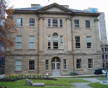 Province House, Halifax, side elevation, 2004.; Heritage Division, NS Dept. of Tourism, Culture and Heritage, 2004.