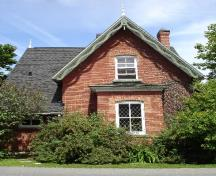 Front view of the Williams House.; RHI 2006