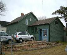 Southwest perspective of the Edmund Ellis House, Port Maitland, Yarmouth County, NS, 2006.; Heritage Division, NS Dept. of Tourism, Culture & Heritage, 2006