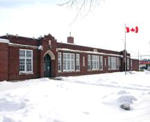 Primary elevation, from the northeast, of Sir Sam Steele School, Winnipeg, 2007; Historic Resources Branch, Manitoba Culture, Heritage and Tourism, 2007
