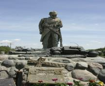 Primary view, from the west, of the Belgian War Memorial, Winnipeg, 2006; Historic Resources Branch, Manitoba Culture, Heritage and Tourism, 2006