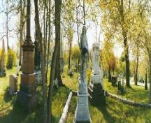 General view of the cemetery.; Parks Canada/Parcs Canada 2004.