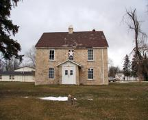 Primary elevation, from the east, of St. Peter's Dynevor Anglican Church Rectory, Selkirk area, 2007; Historic Resources Branch, Manitoba Culture, Heritage and Tourism, 2007