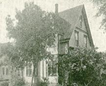Archive image of house, 1915; MacNaught Archives Acc. 070.5