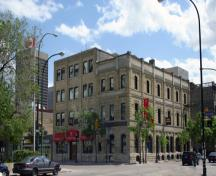 Contextual view, from the northwest, of the Massey Building (far right), Winnipeg, 2006; Historic Resources Branch, Manitoba Culture, Heritage and Tourism, 2006