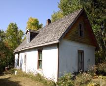 Primary elevations, from the southeast, of the Chastko House, Sandy Lake area, 2007; Historic Resources Branch, Manitoba Culture, Heritage and Tourism, 2007