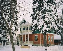 View of Molstad House from 95th Avenue (February 2004); City of Edmonton, 2004