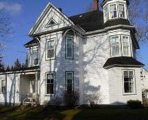East Elevation, Byron Murphy House, Pubnico, NS, 2009.; Heritage Division, NS Dept. of Tourism, Culture & Heritage, 2009.