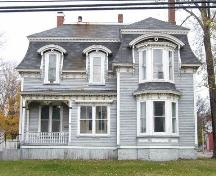 Front elevation, 96 Church Street, Amherst, NS, 2007.; Heritage Division, NS Dept of Tourism, Culture and Heritage, 2007