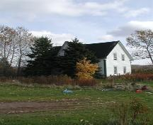 Front and side view, MacFarlane House, Mull River, Nova Scotia; Heritage Division, NS Dept. of Tourism, Culture and Heritage, 2002