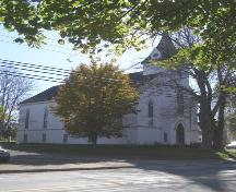 A perspective view of Zion United Church, Liverpool, Queens County, NS.; NS Dept. of Tourism, Culture & Heritage, 2009