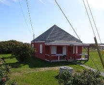 A northeast perspective of the  Little School Museum in the Town of Lockeport, NS.; NS Dept of Tourism, Culture & Heritage, 2009