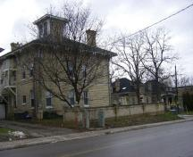 Of note is the close proximity of the McClary House (left) to the McClary Cottages (right).; Emily Elliot, 2008.
