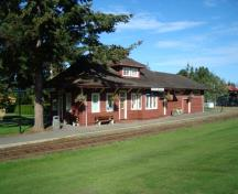 Qualicum Beach Train Station; Town of Qualicum Beach, 2009