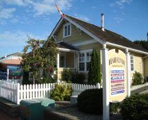 Thrall Residence; Town of Qualicum Beach, 2009