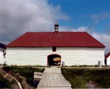 Primary elevation, from the west, of the Archway Warehouse, Norway House, ca. 1985; Historic Resources Branch, Manitoba Culture, Heritage and Tourism, 1985