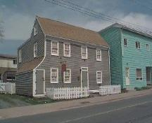 Quaker Whaler House, Dartmouth, NS, 2004.; HRM Planning and Development, Heritage Property Programm 2004