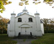 Primary elevation, from the west, of Sts. Peter and Paul Ukrainian Orthodox Church, Tyndall, 2009; Historic Resources Branch, Manitoba Culture, Heritage and Tourism, 2009
