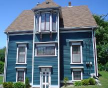 Mayner House, Old Town Lunenburg, south façade, 2004; Heritage Division, NS Department of Tourism, Culture and Heritage, 2004