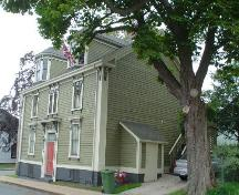 49 Cornwallis Street, Old Town Lunenburg, from the northeast showing windowless north façade, 2004; Heritage Division, Nova Scotia Department of Tourism, Culture and Heritage, 2004