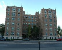 Front view of Balfour Apartments, 2004.; Government of Saskatchewan, Calvin Fehr, 2004.