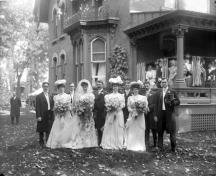 Historic photo of wedding at the Toller House, Oct 1905.; Library and Archives Canada, Topley Studio fonds [graphic material] (R639-0-5-E)