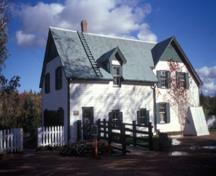 General view of Green Gables House, showing the wood frame construction clad in white painted shingles, 2002.; Parks Canada Agency / Agence Parcs Canada, J. Daniluck, 2002.
