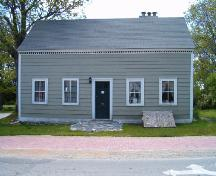Front elevation, Shakespear House, Shelburne, 2004.; Heritage Division, NS Dept. of Tourism, Culture and Heritage, 2004.