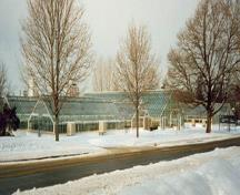 General view of the Main Greenhouse Range, 1996.; Agence Parcs Canada / Parks Canada Agency, K. Spencer-Ross, 1996.