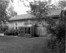 Exterior photo; D. Carter - Edwards, CPS, 1989