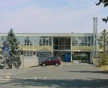 West façade of the Trades Training Building, showing the use of sound traditional and well-executed construction techniques, 2005.; CFB Esquimalt / BFC Esquimalt, 2005.