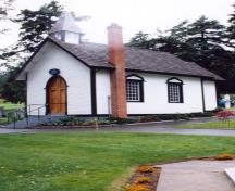 Exterior photo; (Ian Doull, Historical Services Branch, Parks Canada, 1995.)