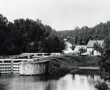 View of the Storehouse, Lock Office at the Davis Lockstation, 1905.; Parks Canada Agency / Agence Parcs Canada, 1905