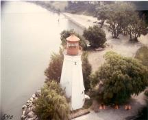 Aerial view of the Rear Range Lighttower, 1987.; Department of Transport/Ministère des transports, 1987.