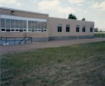 Side view of Ralston School (R2), 1996.; Department of National Defence / Ministère de la Défense nationale, 1952.