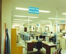 View of the interior of Building 86, Base Headquarters, CFB Winnipeg-North, 1996.; Department of National Defence / Ministère de la Défense nationale, 1996.