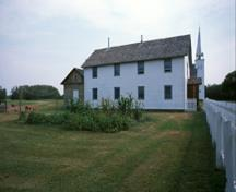Side view of the St. Antoine de Padoue Rectory, 2003.; Parks Canada Agency / Agence Parcs Canada, D. Venne, 2003.