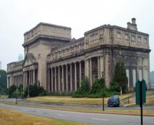 General view of the Electrical Development Company Generating Station and Powerhouse, showing the two long Ionic colonnades, 2005.; Parks Canada Agency / Agence Parcs Canada, 2005.